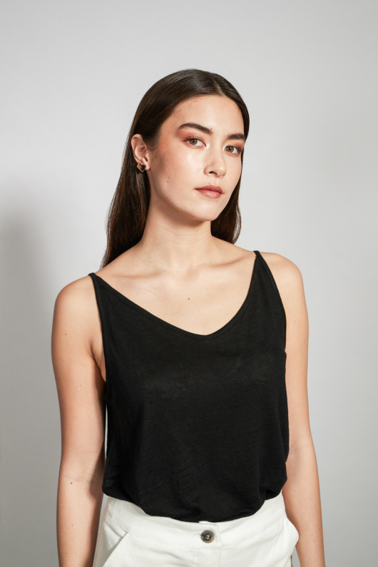 Top Triangle Cly - Black - XS