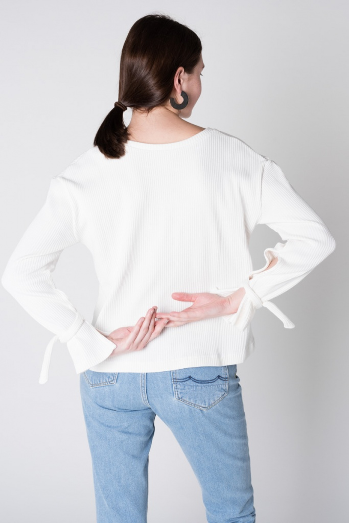 Fancy Pullover - White