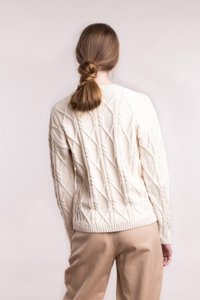 Knitted Aran Pullover Low Neck - Cream