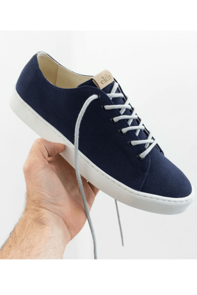 Oak - Navy Vegan