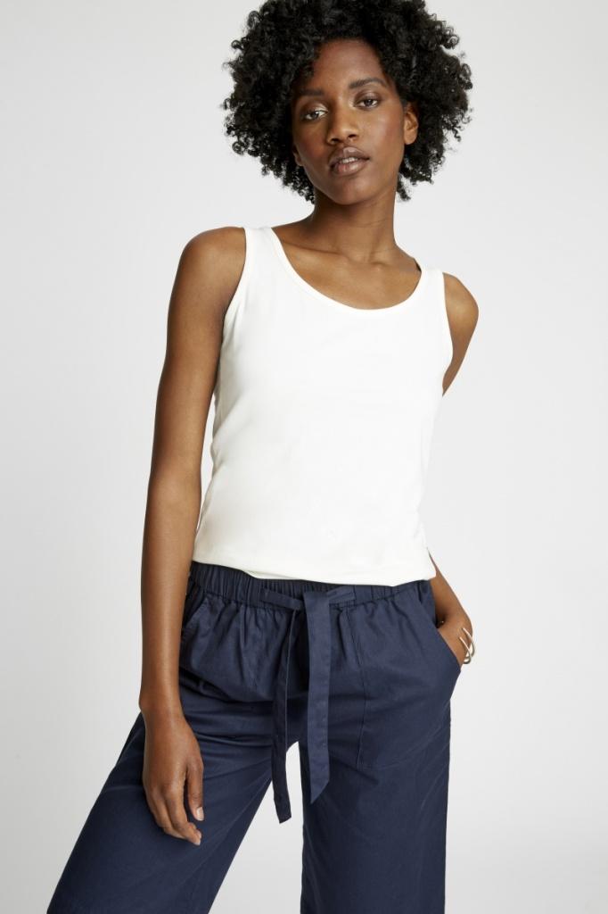 Lizzie Vest - White - 16 (XL)