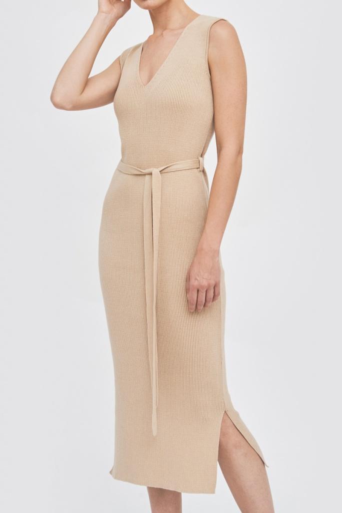 Knitted Dress w/belt - Sand - XS