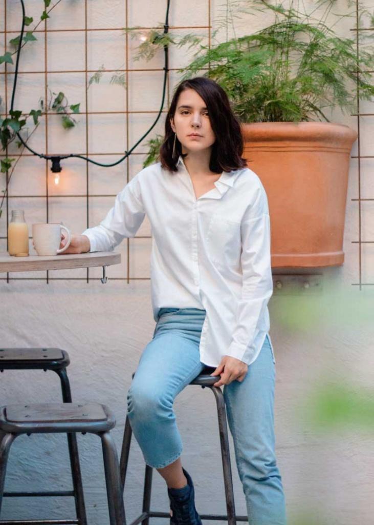 Irena - White