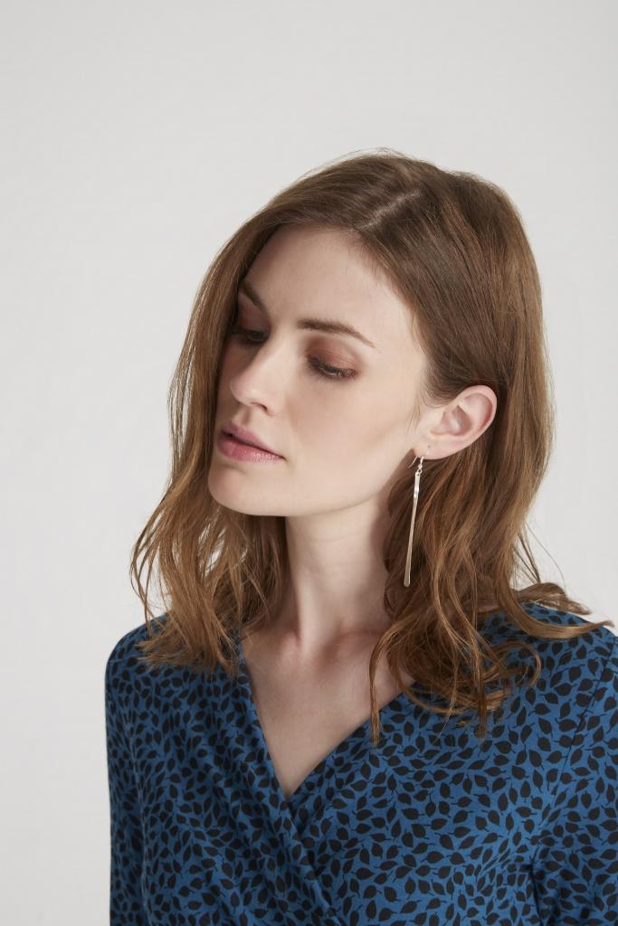 Minimal Drop Earrings - Silver