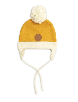 Penguin hat Yellow