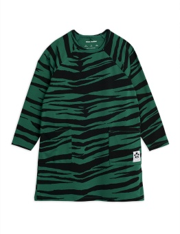 Tiger ls dress Green - Chapter 1