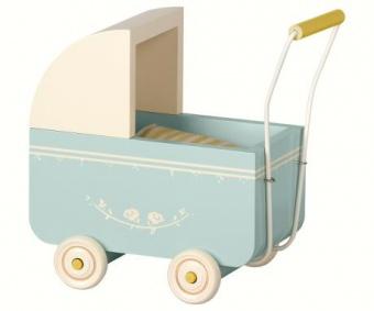 Barnvagn i trä  blå