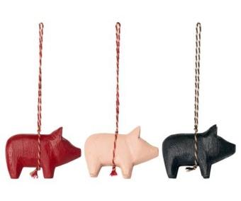 WOODEN PIG ORNAMENT, 3 ASS.