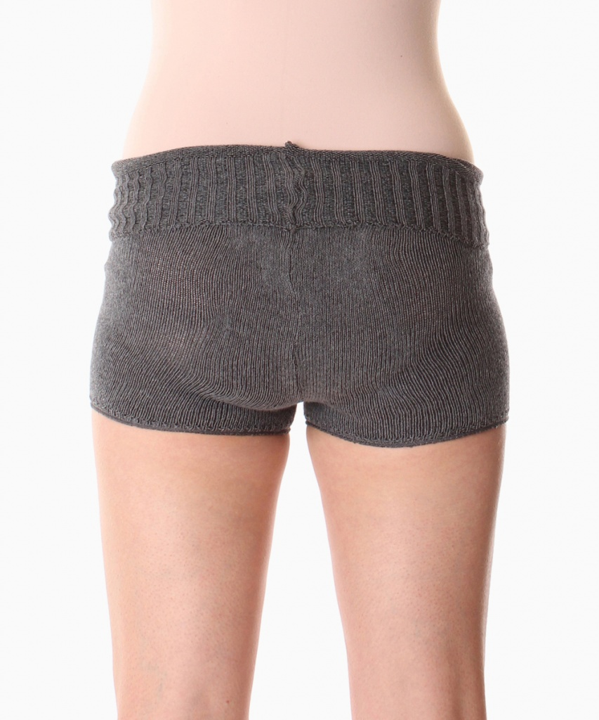 5053 Stickade shorts