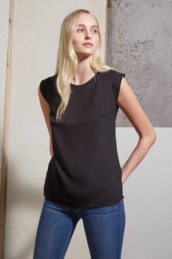 French Connection Polly Plains Cappedtee Black