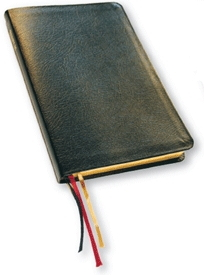 Bibel, slimline, hård svart cabrapärm, med apokryfer