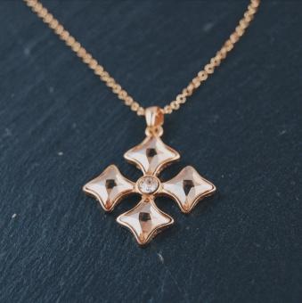 i57 Diamantkors
