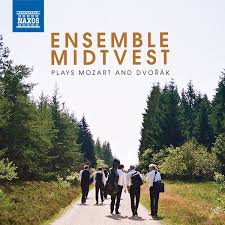 Ensamble midtvest plays Mozart and Dvorak