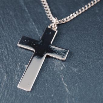 Kors 'stort enkelt', 42 mm, silverfärgad metall, inkl. kedja