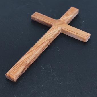 Kors, olivträ 20 cm