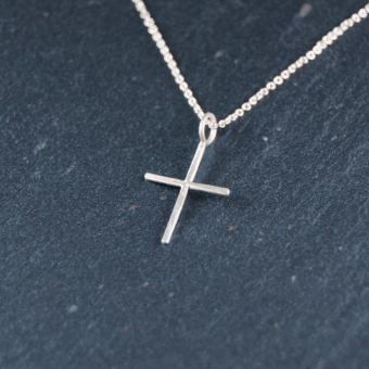 Kors, handgjort i silver, 14 mm, inkl kedja