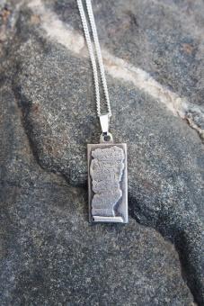 Välsignelsesmycke 11 x 23 mm, med silverkedja