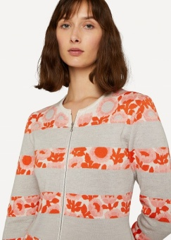 Oleana Darling buds cardigan soft peach