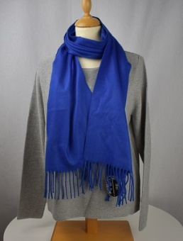 Halsduk enfärgad blå