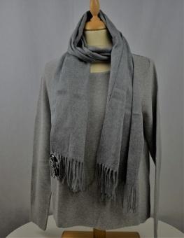 Halsduk enfärgad grå