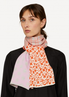 Oleana Bit and bobs scarf