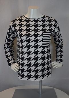 Tröja svart/vit mönstrad
