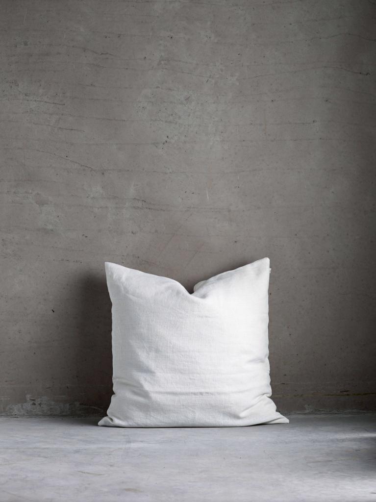 MOONLIN white 50x50 kuddfodral