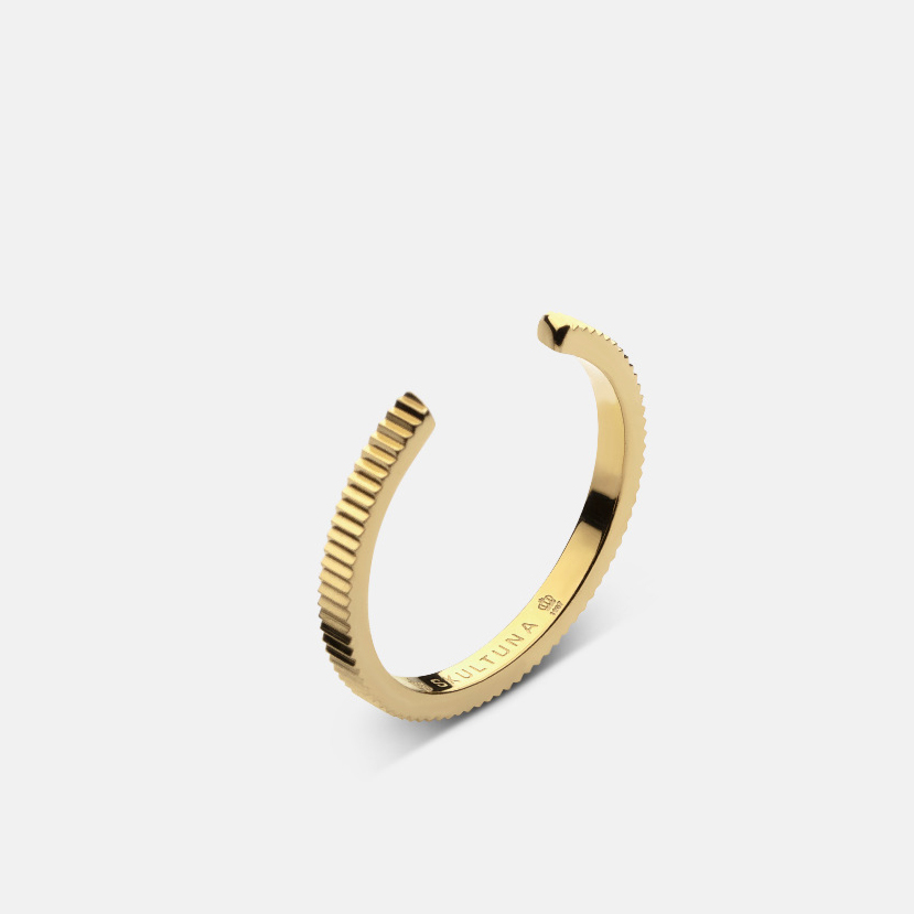 Skultuna Ribbed Ring - 1,75mm - Gold