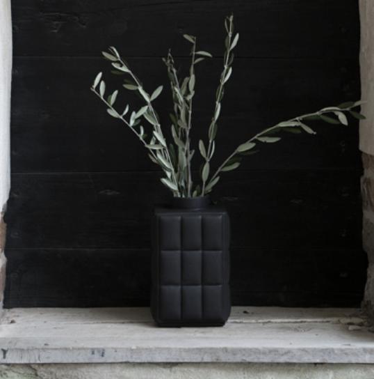 Dbkd Coxa Vase Small Black