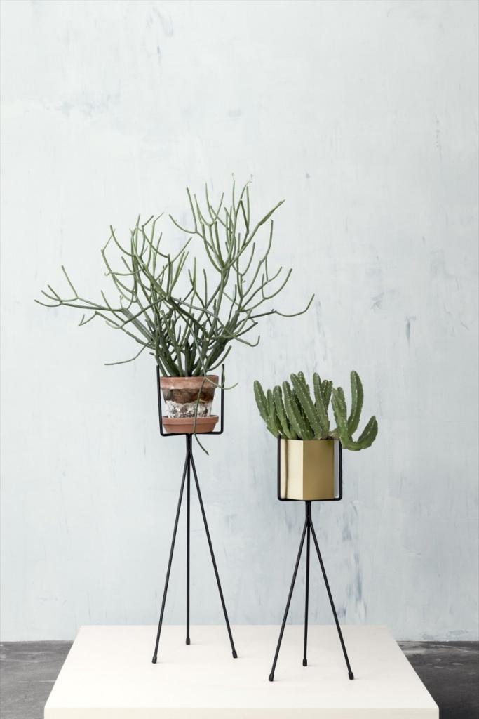 Ferm Living Plant Stand 50 cm - Black