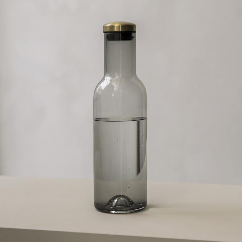 Menu Bottle Carafe 1L Smoke Brass