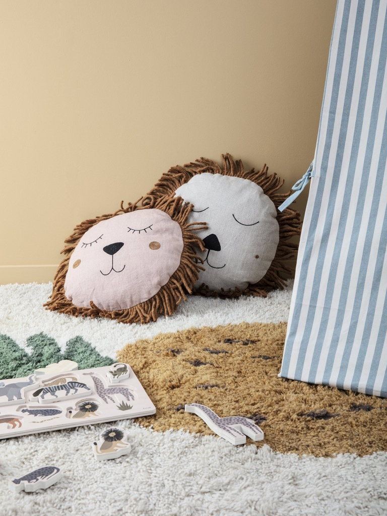 Ferm Living Safari Cushion Lion Dusty Rose