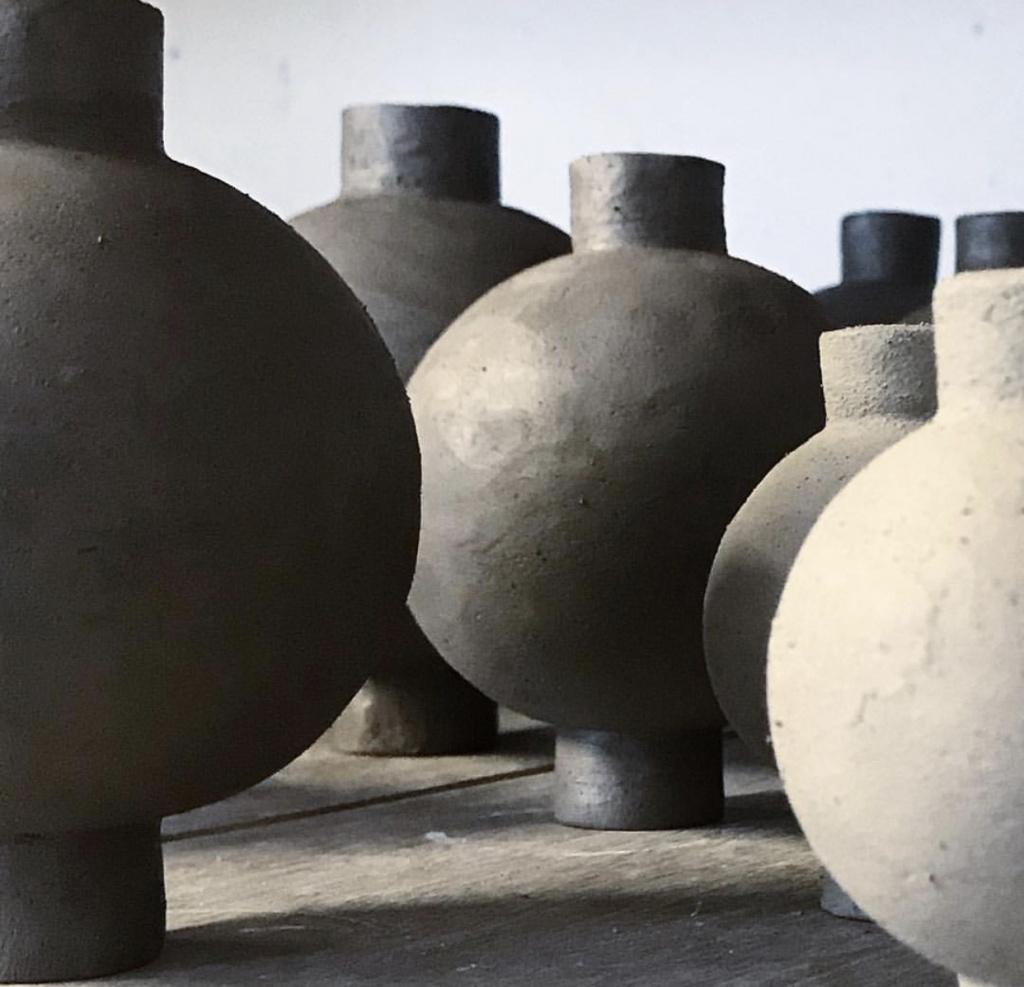 Anna Wadle Keramik Vas Rund Mattsvart