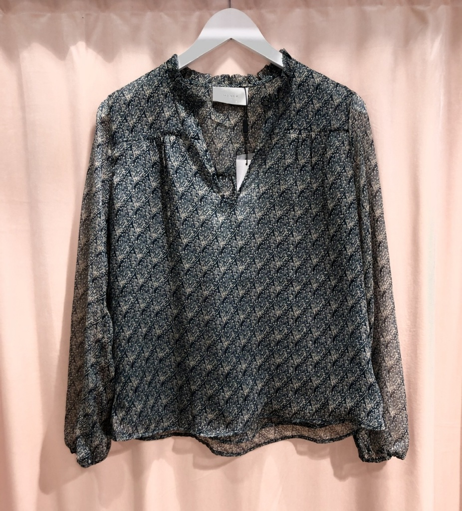 Neo Noir Bisa Feather Blouse