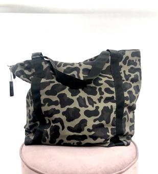 Black Colour Ally Väska