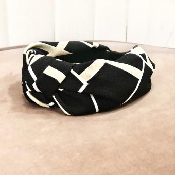 Black Colour Graphic headband