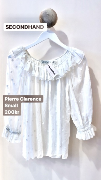 second hand blus volang