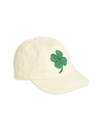 Clover cap