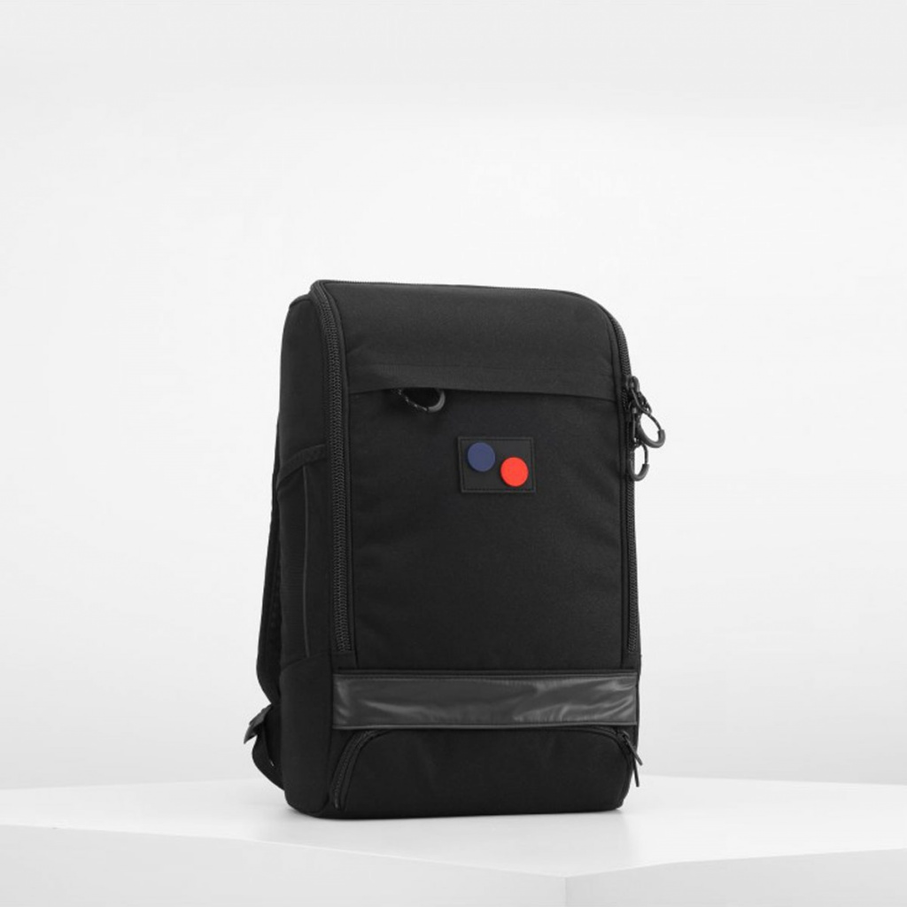 Cubik Medium - Licorice Black