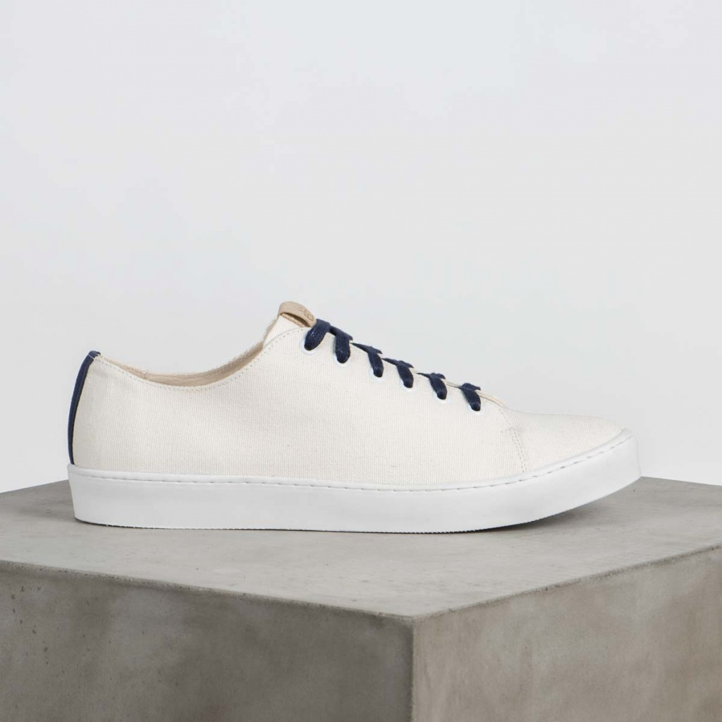 Oak - White Canvas Vegan