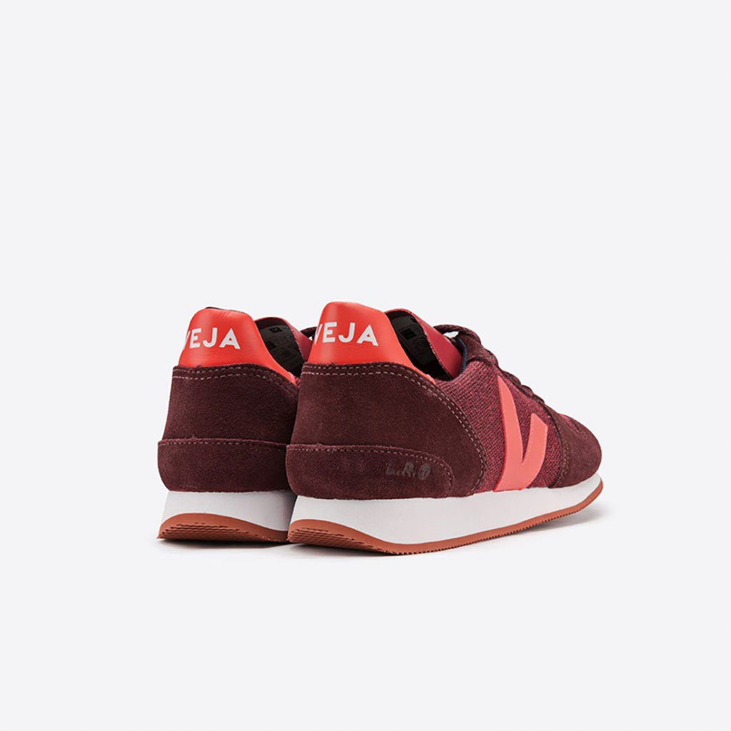 Holiday - Womens - Pixel Burgundy
