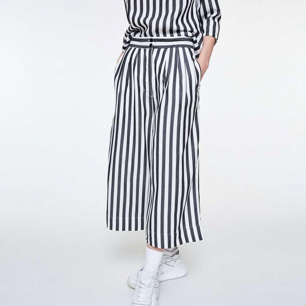 Jonnaa Big Stripes