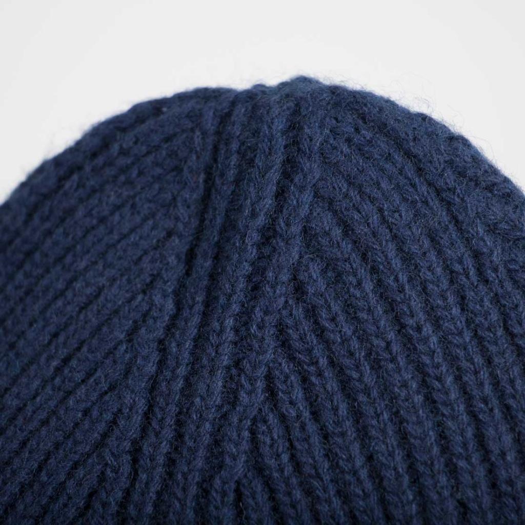 Max - Empire Blue