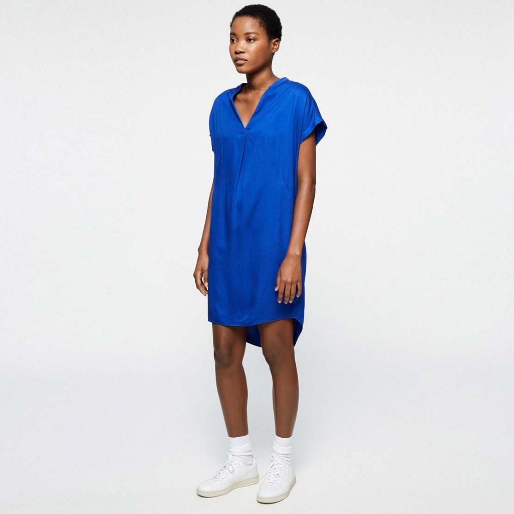 Niaa - Signal Blue