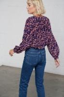 Fey blus mönstrad