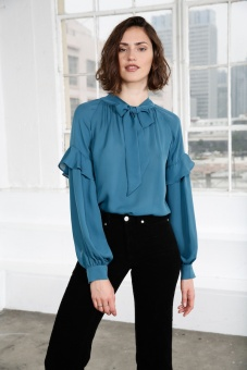 Eloise Silk Blouse – Mallard Blue