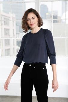 Emmy Sidenblus - Marinblå