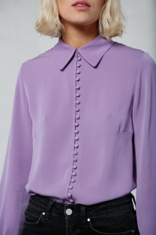 Multi button sidenblus violett