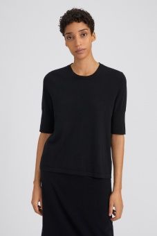 Filippa K Topp Claire Elbow Sleeve