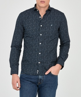 Blaine Spread Collar Shirt
